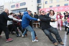 2017年度荆州市中心医院职工拔河比赛圆满落幕